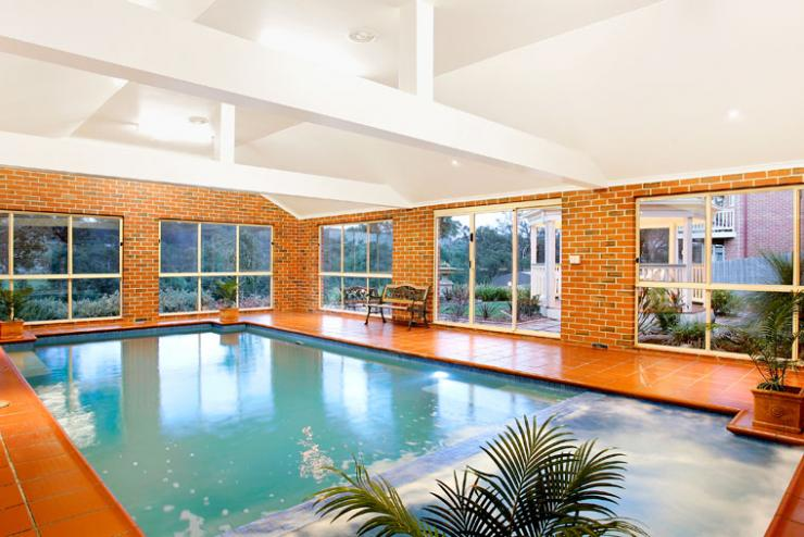Indoor pool joe 39 s construction home design construction quality builders melbourne victoria for Indoor swimming pool construction